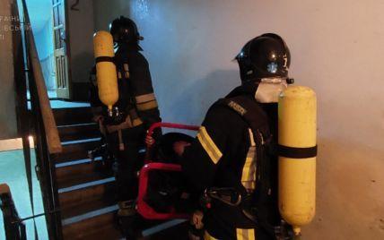 В гуртожитку Івано-Франківська сталася пожежа: з диму вивели 88 студентів