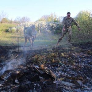 На Донбассе боевики выпустили управляемую ракету: вблизи Попасной произошел пожар