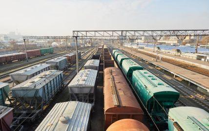 На Київщині виявили небезпечні переїзди - потяг може з'явитися несподівано: відео