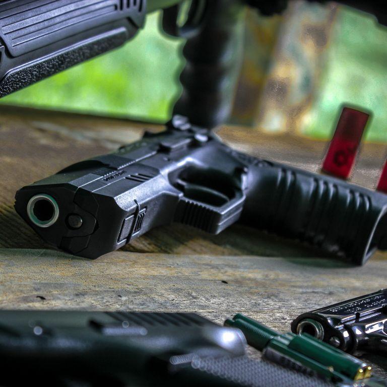 Зберігав у храмі: у Львівській області священник торгував в Інтернеті вогнепальною зброєю і боєприпасами