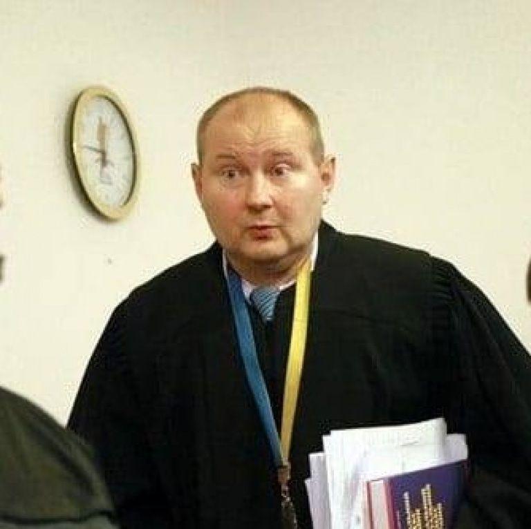Жена экс-судьи Чауса обратилась к Зеленскому, чтобы тот вмешался в поиски ее мужа