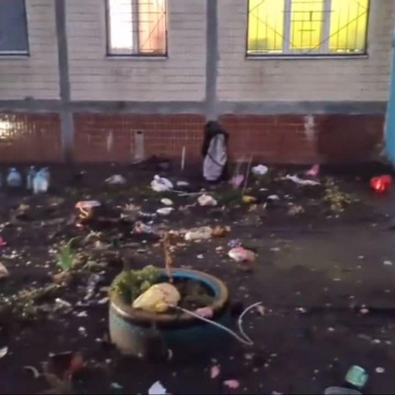 В Киеве женщина выбросила трехлетнего ребенка из окна многоэтажки (фото, видео)