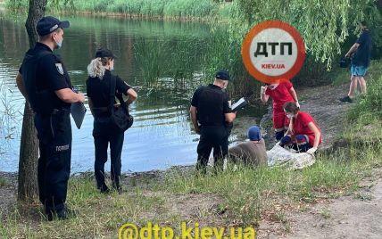Перевернувся на матраці і потонув, поки його подруга спала: у Києві через алкоголь загинув чоловік