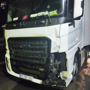 Смертельна ДТП в Чернігівській області: п'яний водій вантажівки збив велосипедисток і ледь не втік за кордон