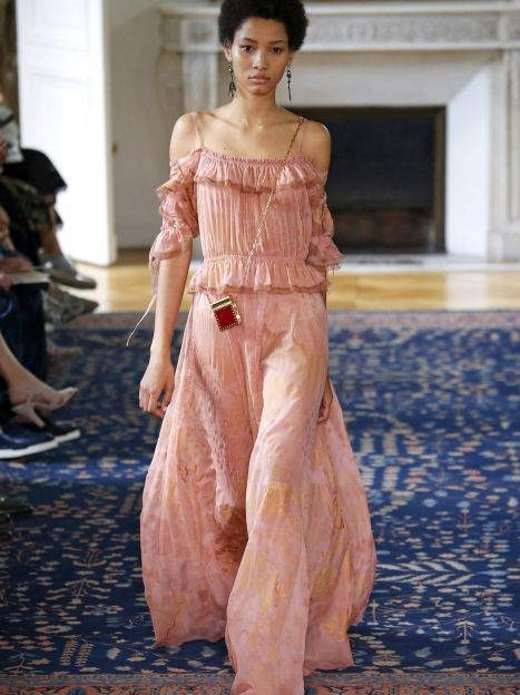 Коллекция Valentino прет-а-порте сезона весна-лето 2017 / © East News