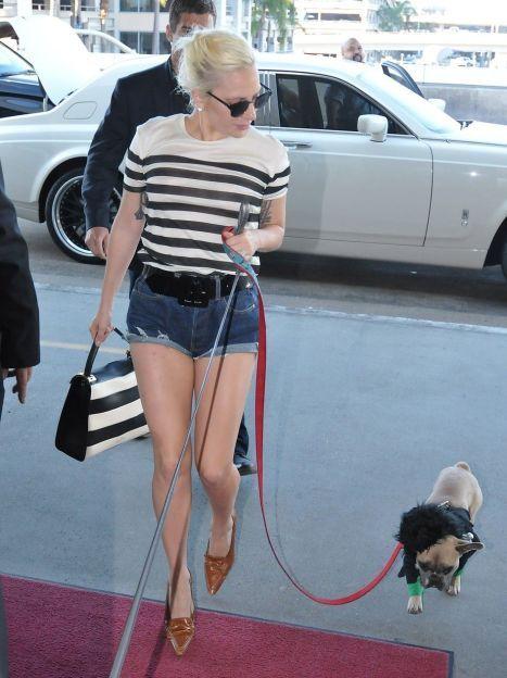 Lady Gaga в аэропорту Лос-Анджелеса / © East News