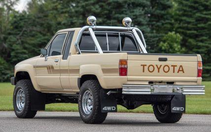 На популярном аукционе продают особый пикап Toyota: сколько за него хотят выручить