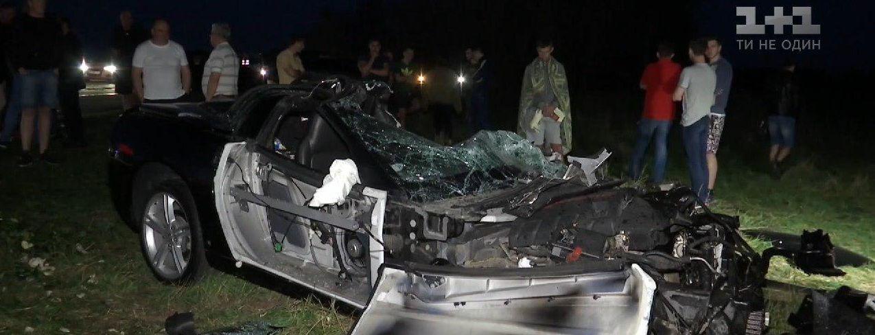 На Харьковщине во время ДТП раздавило авто - погиб известный стритрейсер