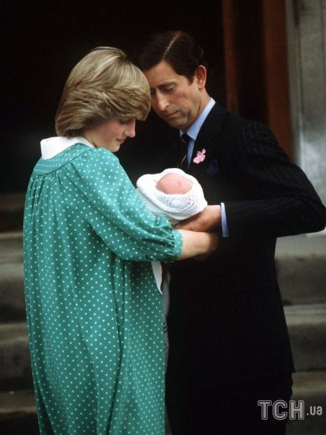Принцесса Диана и принц Чарльз со своим первенцем принцем Уильямом / © Getty Images