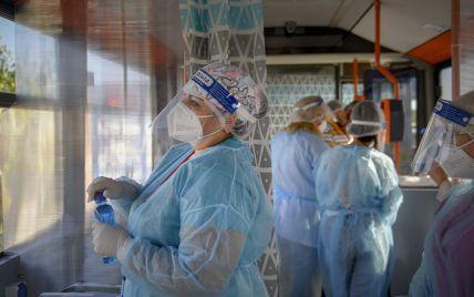 """""""Цей вірус обдурив нас кілька разів"""": американський інфекціоніст зробив прогноз, коли людство може подолати COVID-19"""