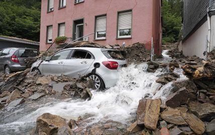 Новые жертвы наводнения в Европе и массовые протесты во Франции. Пять новостей, которые вы могли проспать