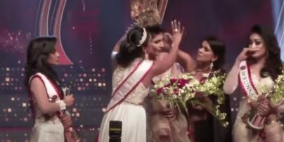 Забрали корону прямо на сцене: на Шри-Ланке конкурс красоты закончился скандалом