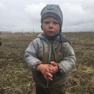 """""""Отец ушел нарубить дров, мальчик пошел за ним"""": как под Киевом искали двухлетнего Богданчика"""