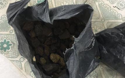 В Ровенской области задержали 2 десятка янтарекопателей