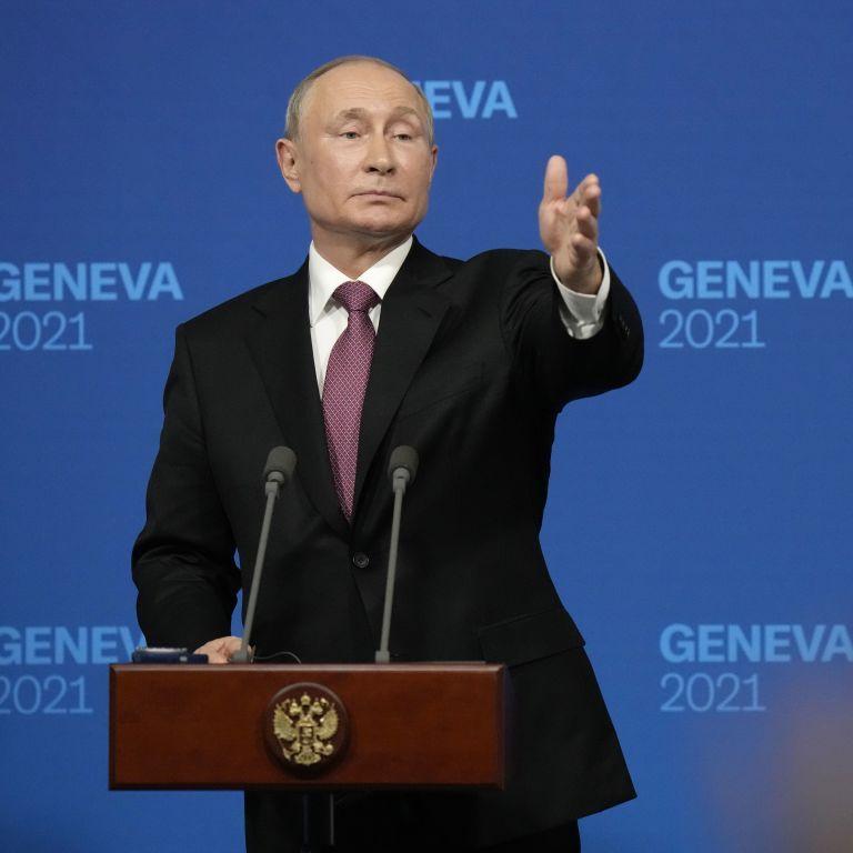 """Путін звинуватив США у підтримці """"кривавого перевороту"""" в Україні і заступився за Януковича"""