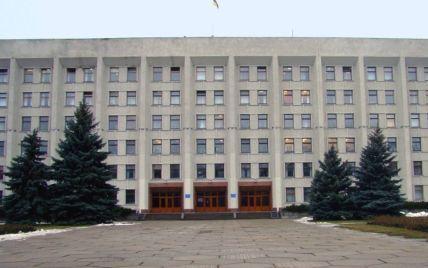 Полтавська прокуратура знайшла зловживання обласних чиновників у сфері перевезень
