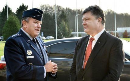 Порошенко назвал сотрудничество с НАТО первоочередным вопросом для укрепления обороны