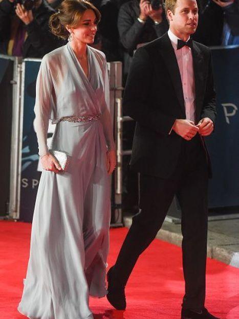 """Герцогиня Кембриджская и принц Уильям на премьере """"Спектра"""" / © Getty Images"""