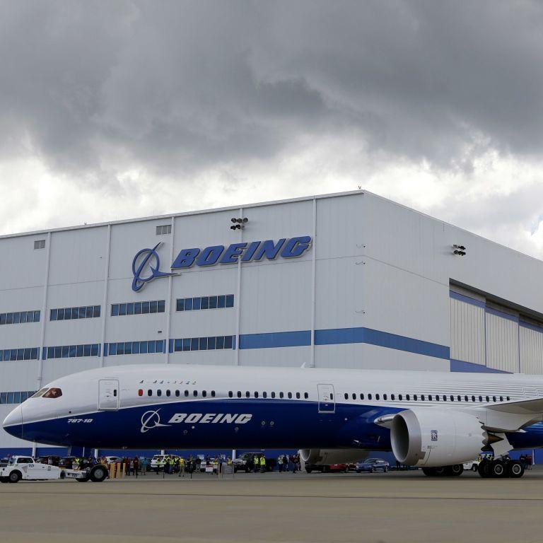 У флагманській моделі літаків Boeing виявили небезпечну несправність