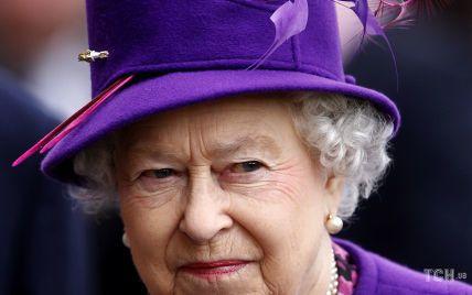 Королева Елизавета II пригласила ненавистную невестку принца Филиппа на каникулы в Балморал