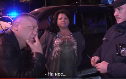 Люди в YouTube просятся, а я - попал. Киевские копы показали задержание буйного водителя