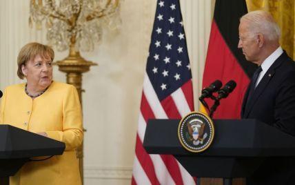 Байден і Меркель заявили про єдність у боротьбі з російською агресією