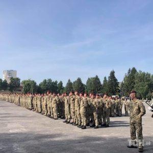 Во Львов без боевых потерь вернулись бойцы легендарной 80-й отдельной десантно-штурмовой бригады