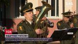 Новини України: вінницькі військові влаштували до Дня вчителя справжній концерт