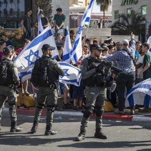 Линчевания и драки: столкновения между гражданскими арабами и израильтянами возобновились (ВИДЕО)