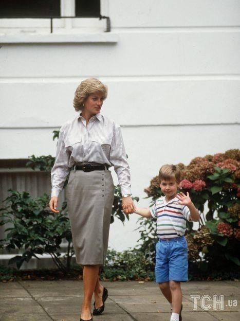 Принцесса Диана с сыном Уильямом / © Getty Images