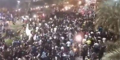 В Ірані під час протесту через дефіцит води застрелили мітингувальника: влада заперечує провину