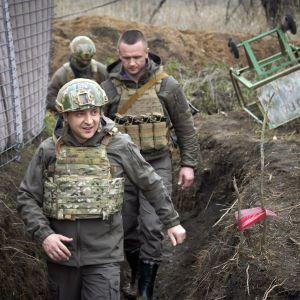 Зеленский о ситуации на Донбассе: Армия готова