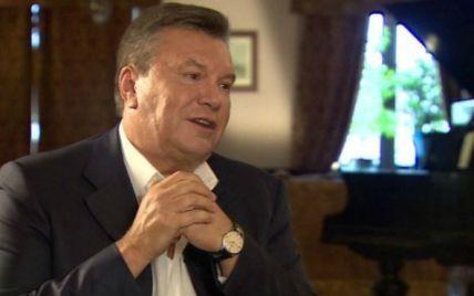 """""""Шоу Путина"""", чувство вины за Майдан и страусы: о чем рассказал Янукович"""