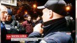 Масову бійку зі стріляниною влаштувала молодь в Харкові