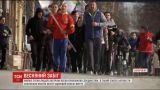 У Запоріжжі майже сотня людей зустріли весну пробіжкою