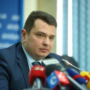 Луценко резко раскритиковал работу Сытника и предложил провести проверку