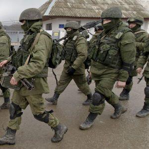 На кордоні з Україною залишаються 80 тисяч російських військових - NYT