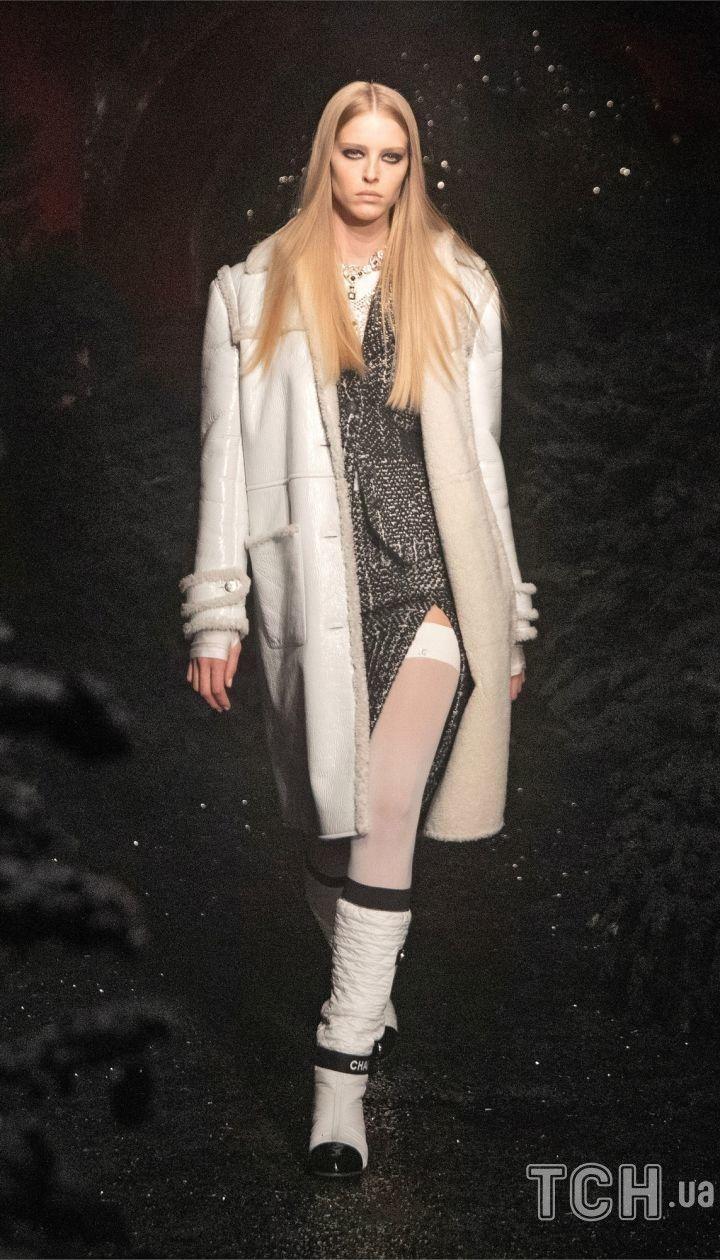Коллекция Chanel прет-а-порте сезона осень-зима 2021-2022 / © East News