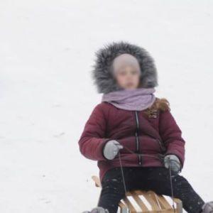 Ребенок в коме: в Харькове девочка серьезно травмировалась, съезжая с горки