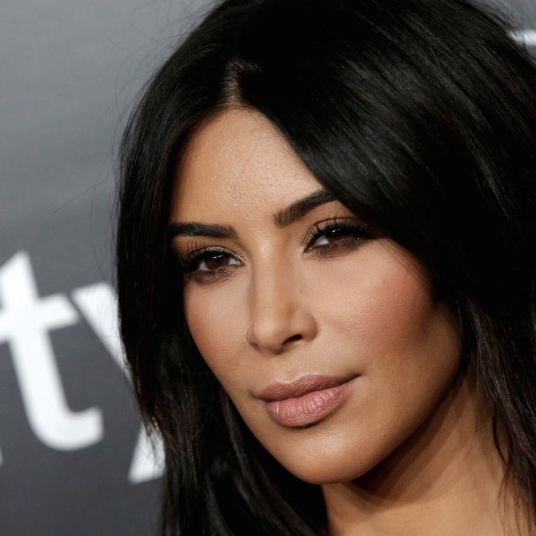 Приключения на пятую точку: самые громкие скандалы с участием Ким Кардашян
