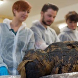 Дослідники вперше виявили мумію вагітної жінки: фото
