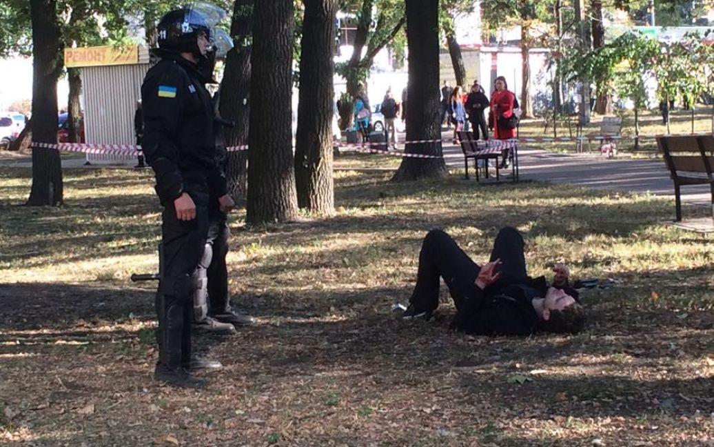 Преступники длительное время требовали с перевозчиков деньги / © Фото Валерии Ковалинской/ТСН