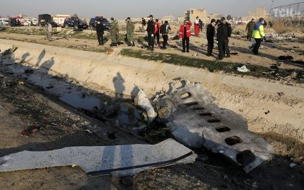 """Іран заявив, що відправив """"чорні скриньки"""" збитого українського Boeing до Франції"""