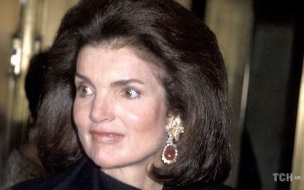 Незвичайний подарунок на весілля: що відомо про розкішні сережки Жаклін Кеннеді
