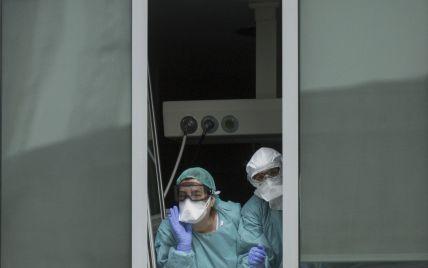 В Испании из-за коронавируса умирает каждый двадцатый инфицированный. Что происходит в стране в условиях карантина