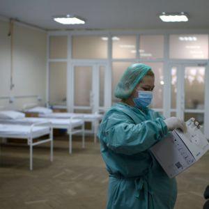 Медики розповіли, що збільшує ризик смерті від коронавірусу у шість разів