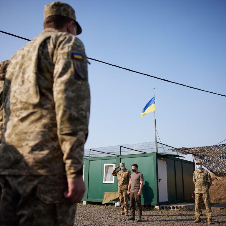 Зеленский рассказал, кто примет решение о строительстве стены вокруг оккупированного Россией Донбасса
