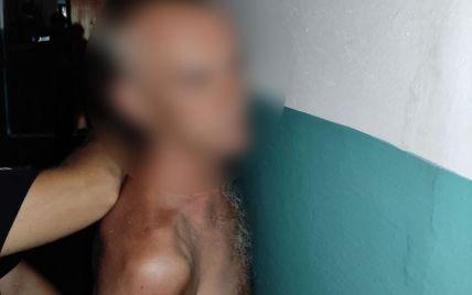 Не понравился шум на площадке: в Черкассах мужчина угрожал пистолетом матери с ребенком (фото)