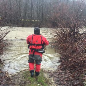 Переходив місток через річку й впав у воду: на Закарпатті у новорічну ніч втопився 24-річний юнак