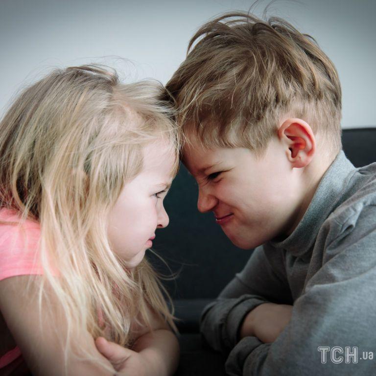 Чому діти в сім'ї — завжди суперники, і як цього уникнути